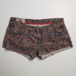 1st Kiss Floral Shorts 7 Stretchy
